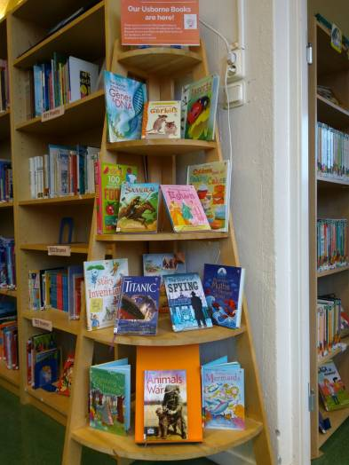 usborne books display